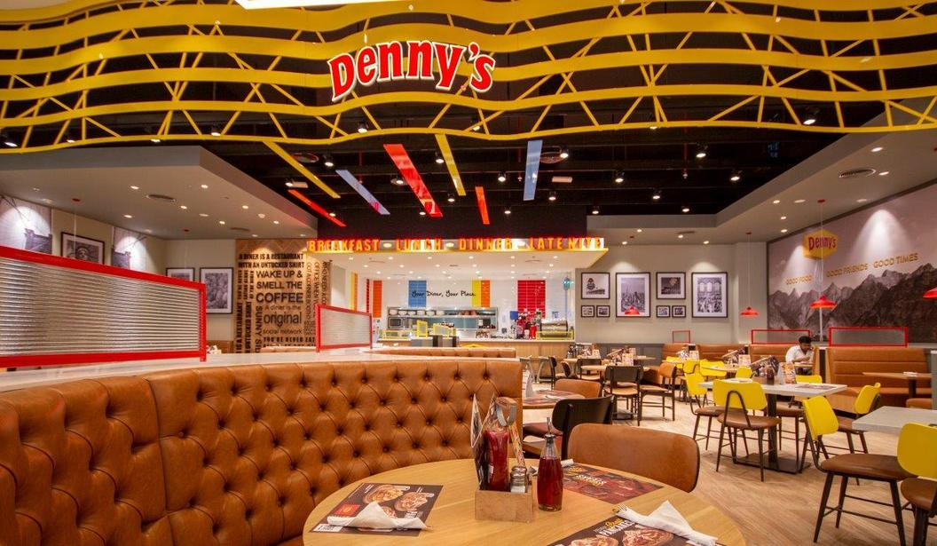 Kids Eat for FREE at Denny's @ Dubai