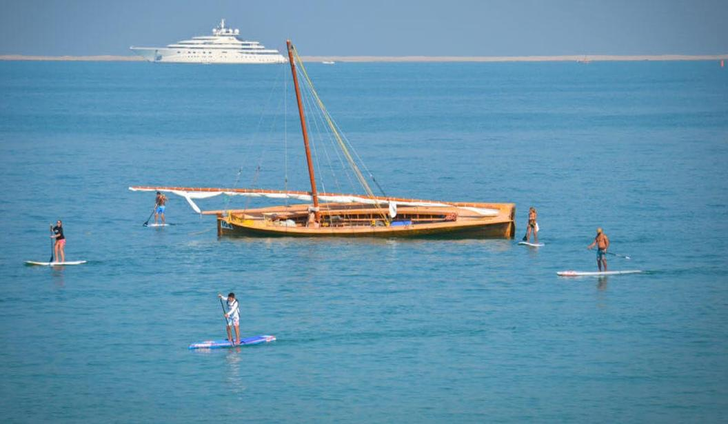 Stand Up Paddle Tours Dubai @ Dubai, Book