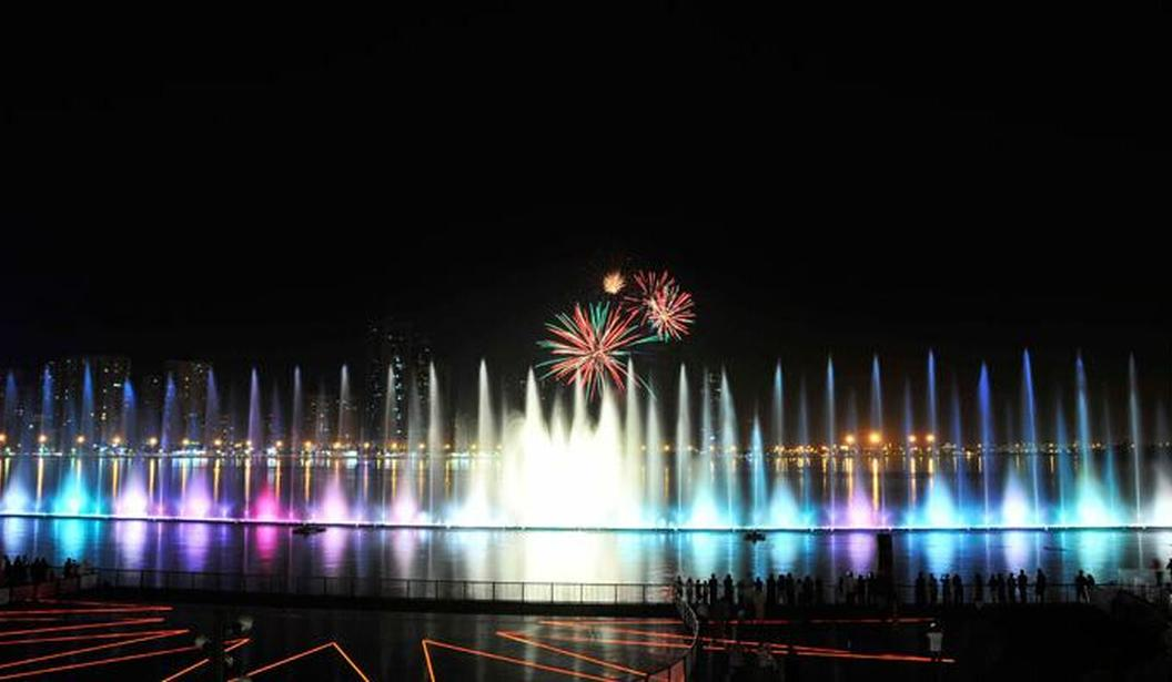 Al Majaz Waterfront Fountain @ Sharjah