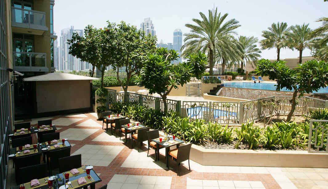 2 for 1 Swim & Dine Fridays @ Kenza @ Dubai